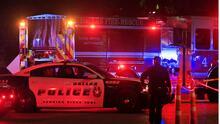 """""""Una vida es demasiado,"""" dice el jefe de la policía de Dallas tras los tiroteos que cobraron cinco vidas durante el fin de semana feriado"""