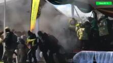 Video: La explosión en contra del presidente de Zimbabue durante un mitin de campaña