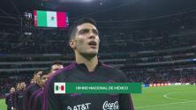 ¡Para estremecer! Afición y Raúl Jiménez vuelven a cantar el himno