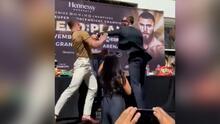 (VIDEO) 'Canelo' y Plant se van a los golpes en plena conferencia de prensa antes de su pelea