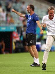 Dinamarca se fue al frente rápidamente en el partido y el estratega Kasper Hjulmand no podía controlar su alegría.