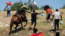"""""""Ni a los animales se tratan así"""": inmigrantes sobre la persecución a caballo de haitianos en la frontera"""