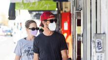 ¿Cómo se logró una disminución de casos de coronavirus en California y qué se debe seguir haciendo?