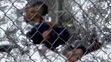 Jaulas repletas de niños y familias: así se ve un centro de procesamiento de indocumentados en la frontera