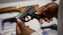 Policía de Arlington denuncia que delincuentes están utilizando armas robadas para cometer sus crímenes