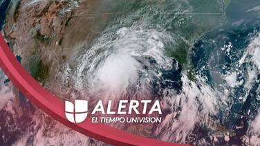 Nicholas se convierte en huracán con vientos sostenidos de 75 millas por hora