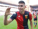Johan Vásquez dedica su primer gol con el Genoa a su novia Camila Hernández y a su familia
