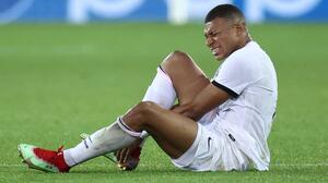 """Pochettino adelanta que Mbappé tiene """"problemas en los dos tobillos"""""""
