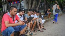 A pesar del embargo en Cuba, compañías de Estados Unidos pueden proveer internet en la isla