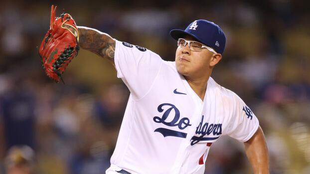 Julio Urías llega 17 victorias en la temporada con los Dodgers