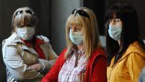 ¿Debe el estado de Illinois ordenar el uso obligatorio de mascarillas en espacios cerrados? Una experta opina