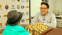 Raúl González se enfrentó a un niño genio del ajedrez en un juego