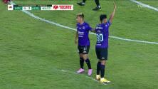 ¡TIRO ATAJADO! disparo por Jorge Sánchez.