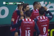 ¡Sella la victoria! 'Conejito' Brizuela pone el 0-2 con un golazo