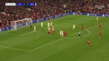 ¡Es un juegazo! Liverpool puso el 3-2 con gran definición de Henderson