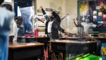 Covid-19: Distrito escolar de Miami-Dade está considerando hacer cambios en sus protocolos de cuarentena