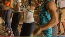 Pueblo de Veracruz prohibe bailar reggaeton en desfile de Independencia de México
