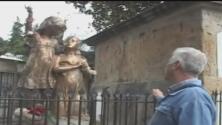 El video de lo que creen es el espíritu de una niña en un cementerio de Colombia