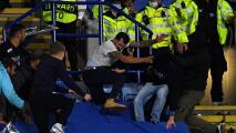 ¡Con todo y cinturonazos! Fans del Napoli y Leicester protagonizan trifulca
