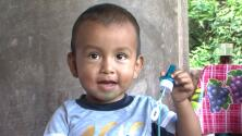 Migrante de 2 años se reencontró con su familia en Honduras tras haber sido abandonado en México