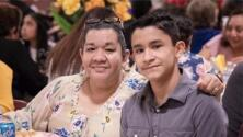 """""""Rezo para que me pueda escuchar tocar"""": Madre hispana es atendida en Houston tras petición de su hijo al gobernador"""