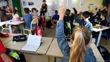 Incertidumbre entre padres de familia del LAUSD por el aumento de casos de coronavirus en estudiantes