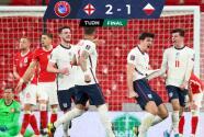 Inglaterra rescató triunfo sobre Polonia en los últimos minutos