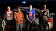 Arrestan a pareja luego de una persecución cuando intentaban traficar a indocumentados