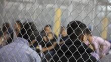 EEUU pierde contacto con casi 5,000 niños inmigrantes liberados de su custodia, según reporte de Axios