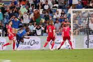 Italia, sin piedad, golea a Lituania 5-0 y ya suman 37 partidos sin derrota, siguiendo con paso firme su camino hacia el Mundial de Catar 2022. Los goles fueron por parte de Moise Kean con doblete, Edgaras Utkus anotó autogol, Giacomo Raspadori y Giovanni Di Lorenzo.