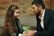 La Hija Del Embajador - Sancar le confesó a Melek que Nare y él no se casarán - Escena del día