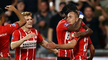 Tremendo 'oso' de Muslera facilita goleada del PSV