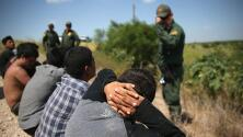Jueza federal de EEUU declara inconstitucional la política de rechazar a solicitantes de asilo en la frontera