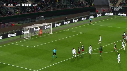 ¡Gol de Ünder! Olympique Marseille ya gana en Moscú