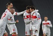 Turquía se impone a Países Bajos en inicio de eliminatoria mundialista