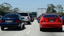 Congestión vehicular moderada sobre la I-405 de Los Ángeles la mañana de este martes