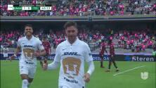¡GOL!  anota para Pumas UNAM. Arturo Ortíz