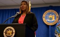 """""""Lo que hemos visto me ha perturbado"""": fiscal Letitia James tras su visita a la cárcel de Rikers Island"""