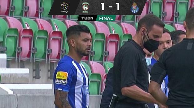 Entre rumores de su salida, 'Tecatito' Corona juega con Porto