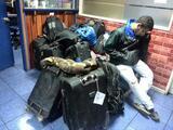 Venezolanos huyen a Chile en un riesgoso viaje de carretera y ríos de nueve días