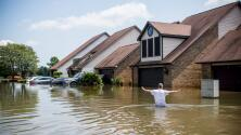 Vender casas y hacer un debate local, opciones de residentes en Texas tras Harvey