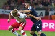 Polonia golea tranquilamente 5-0 a San Marino, Dinamarca también goles y se impone 0-4 a Moldavia, Suiza vence 2-0 a Irlanda del Norte y Serbia sale victorioso 0-1 en su visita a Luxemburgo.