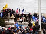 """""""No podría haber imaginado un día más oscuro para la democracia"""": políticos neoyorquinos condenan asalto al Capitolio"""