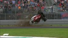 Marcus Ericsson logró salir ileso de un dramático accidente en la F1