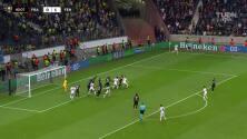 Eintracht ya lo empató: Lammers puso el 1-1 ante Fenerbahçe