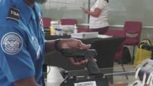 TSA exhorta a portadores de armas a revisar los protocolos para viajar y evitar confiscaciones