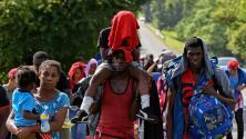 Jueza federal declara inconstitucional limitar la entrada de solicitantes de asilo a Estados Unidos