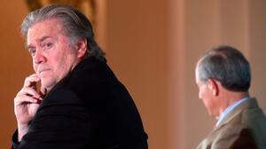 ¿Por qué los congresistas quieren tanto hablar con Steve Bannon sobre el asalto al Capitolio?