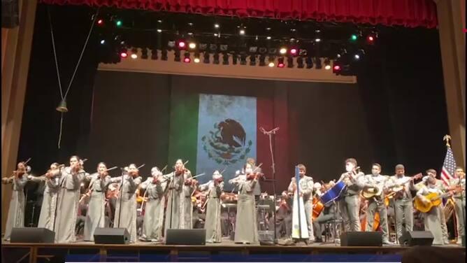 Con sinfónica y mariachis, así celebran en Tucson la Independencia de México