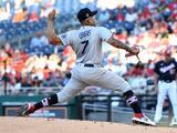 Julio Urías toca la décima victoria con los LA Dodgers